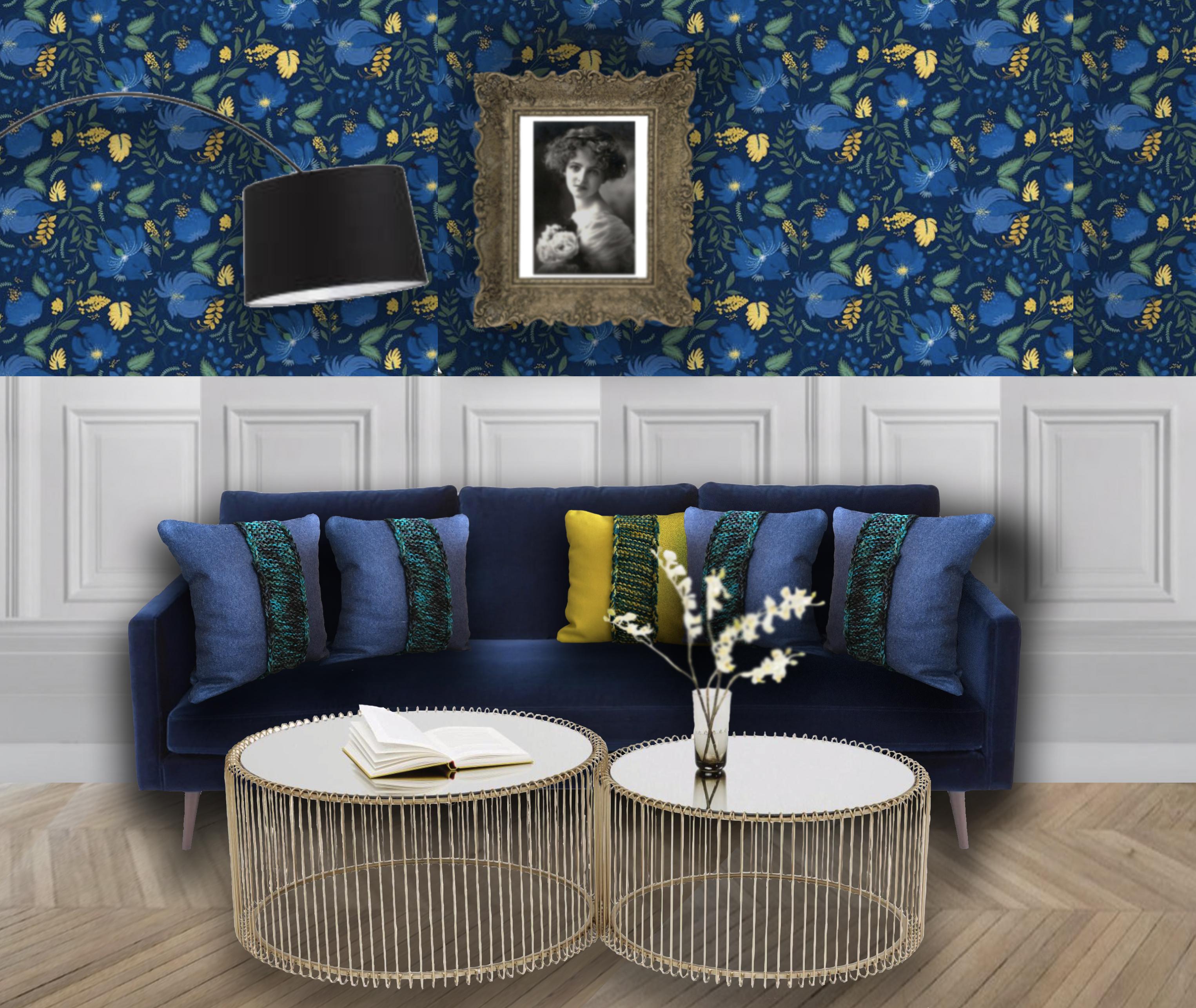 Coussin jaune et coussin bleu pour canapé bleu