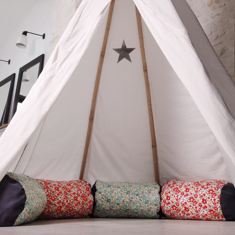 coussins cr s sur mesure pour une maison la campagne le magazine maison du coussin. Black Bedroom Furniture Sets. Home Design Ideas