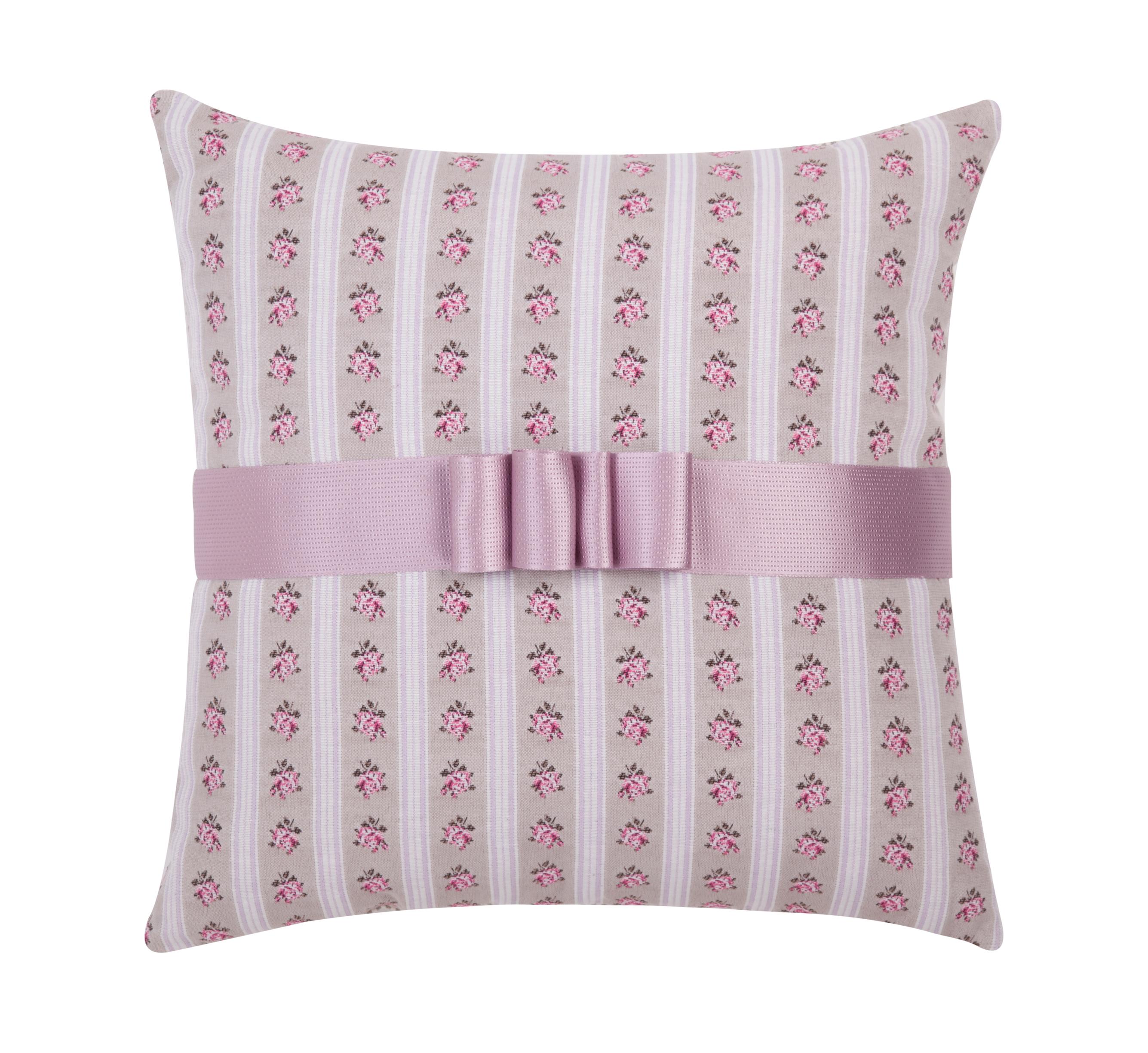 maison du coussin r invente la d co romantique le magazine maison du coussin. Black Bedroom Furniture Sets. Home Design Ideas