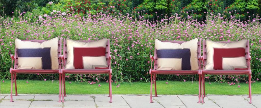 Coussin d'extérieur design haut de gamme pour jardin et terrasse