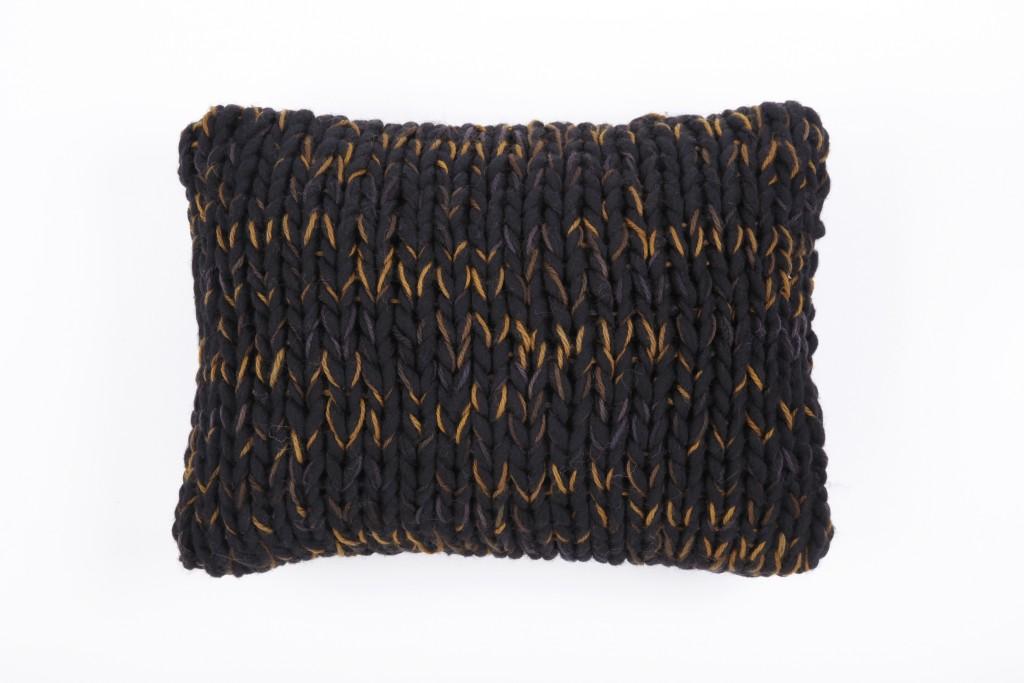 Coussin laine grosse maille noir