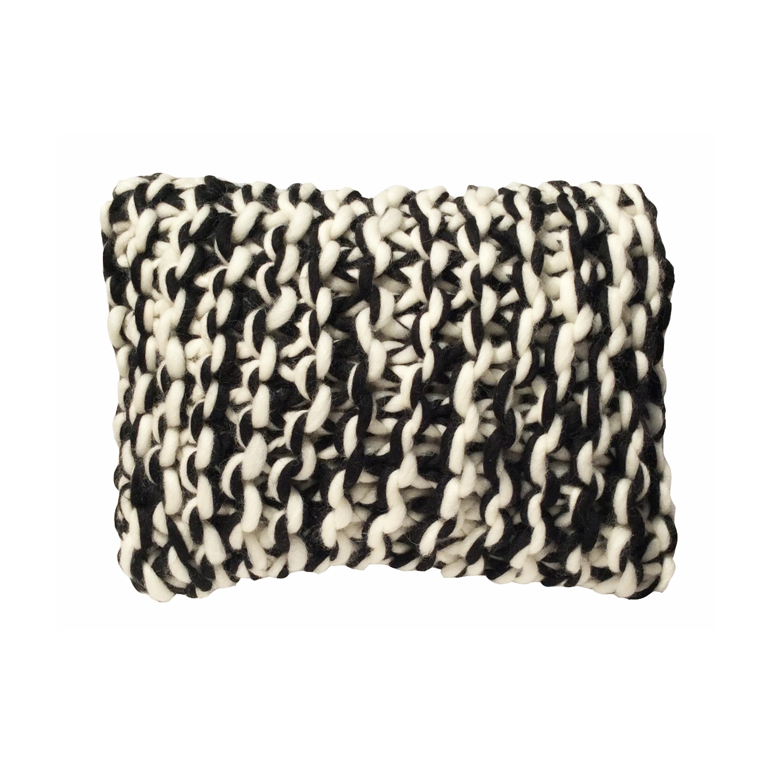 coussin laine grosse maille le plaisir du fait main. Black Bedroom Furniture Sets. Home Design Ideas