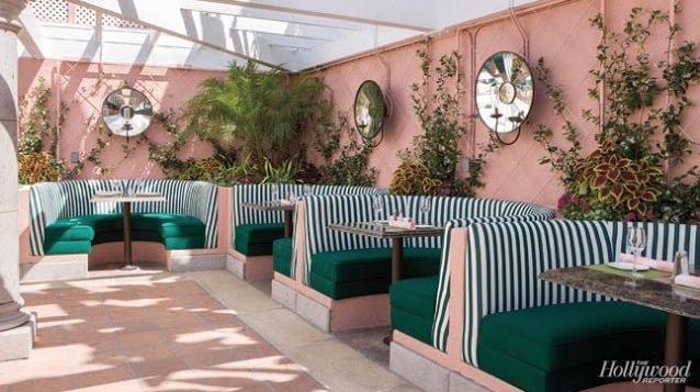 Coussin d'extérieur rayé bleu et vert pour terrasse
